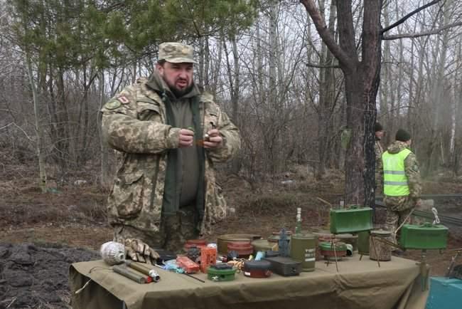 Учебные сборы с бойцами территориальной обороны прошли на Харьковщине 01