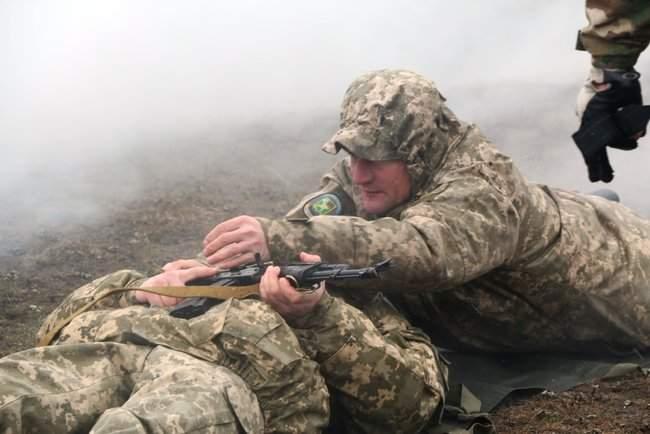Учебные сборы с бойцами территориальной обороны прошли на Харьковщине 07
