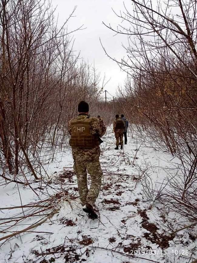 Оккупанты обстреляли Новолуганское, из-за чего ремонтникам пришлось остановить работы на линии электропередач, - пресс-центр ООС 03