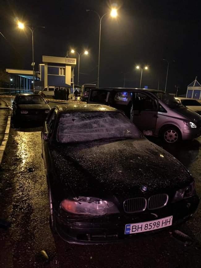 На пункте весового контроля на трассе Одесса-Киев произошел вооруженный конфликт, есть раненые 08