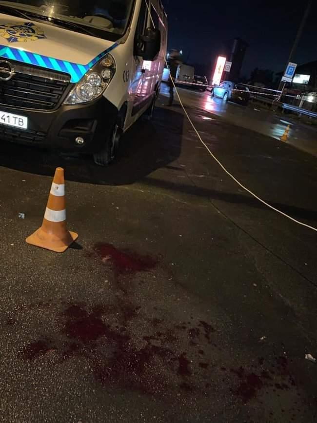На пункте весового контроля на трассе Одесса-Киев произошел вооруженный конфликт, есть раненые 11