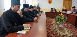 У Кам'янському провели нараду з питань підготовки до святкування Великодня