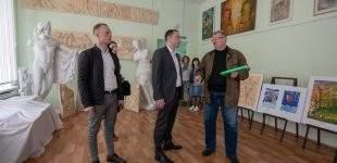 В навчальних закладах Кам'янського тривають капітальні ремонти