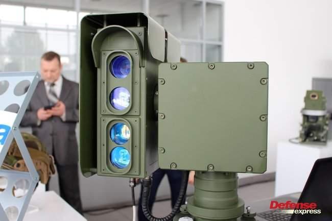 Танковая пушка, 120-мм миномет Бучарда, РЛС, антидроновские винтовки и цифровой солдат: в Броварах представили новые образцы от украинских частных оборонных компаний 11