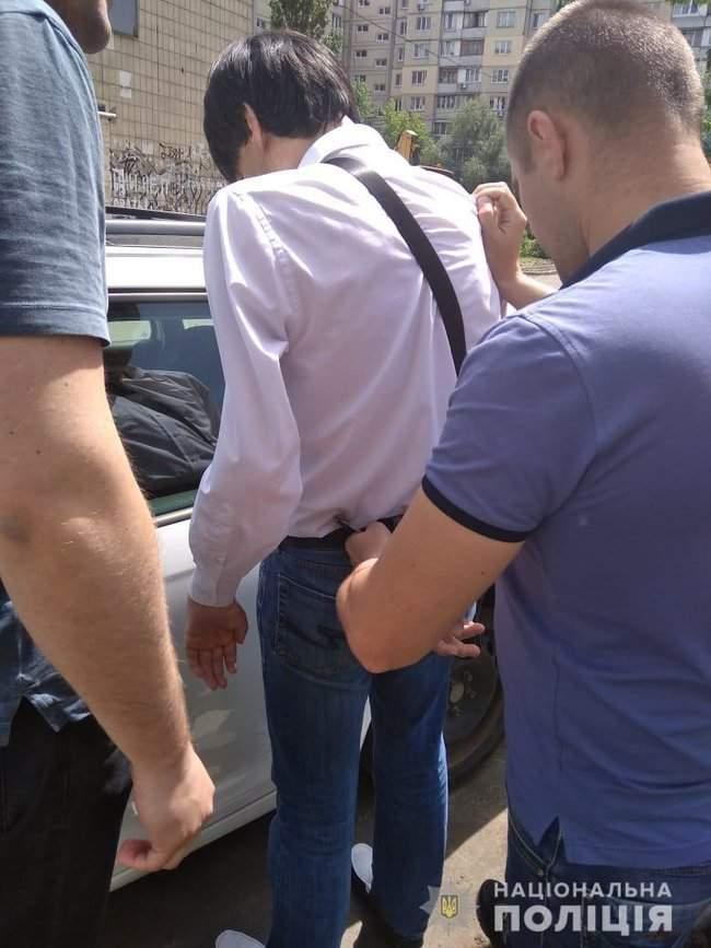 42-летний киевлянин задержан за съемки детского порно и развращение малолетних, - Нацполиция 01