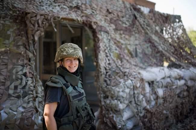 Меня очень поразил профессионализм украинских сил, - генерал США Петреус посетил район проведения ООС 07
