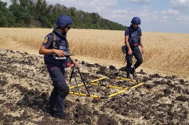 В течение недели спасатели из состава ОС обезвредили 247 взрывоопасных предметов 01