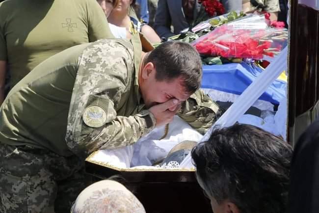 В Днепре простились с бойцом 74-го отдельного разведбата Колодяжным (позывной Кол), умершим от ран в госпитале 07