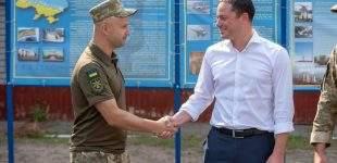 Міський голова Андрій Білоусов відвідав військову частину під Кам'янським
