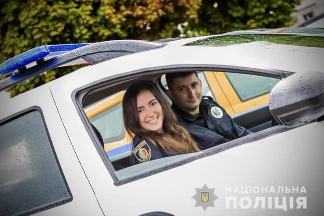 Князев вручил полицейским Хмельнитчины ключи от 18 новых служебных автомобилей 04