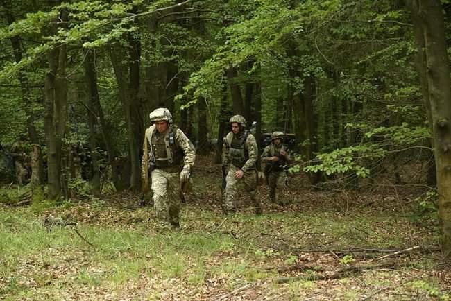 Рота 93-й ОМБр в составе механизированного батальона США принимает участие в международных учениях Combined Resolve-XII 06