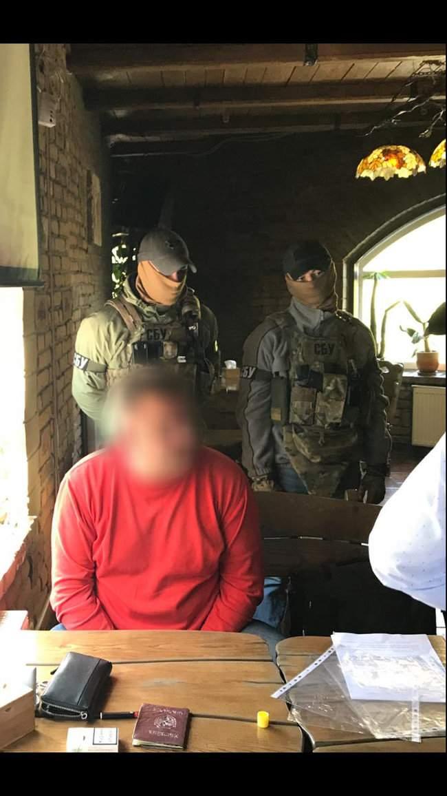 Замначальника Госрыбагентства Житомирской области задержан за систематическое взяточничество, - СБУ 01