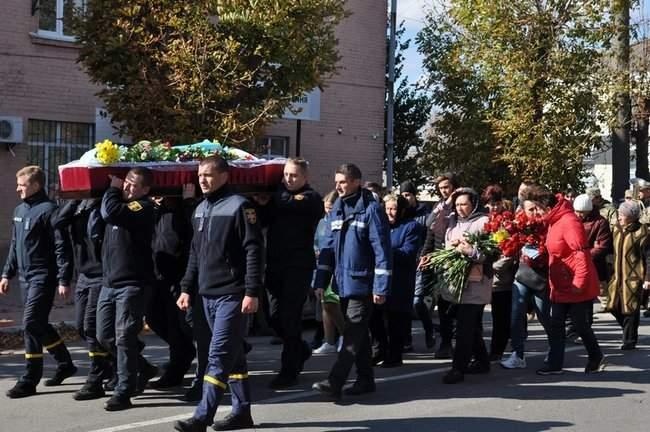Погибшего на Донбассе украинского воина Ивана Дейкуна похоронили в Кировоградской области 03