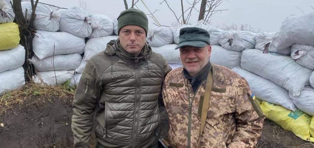 Міський голова Кам'янського відвідав воїнів на фронті