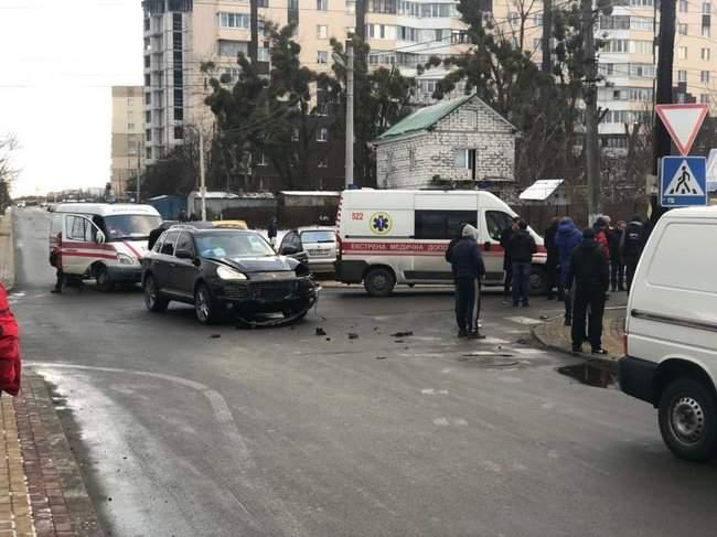 В Буче в результате ДТП с участием маршрутки погибли два человека, трое госпитализированы, - Нацполиция 03
