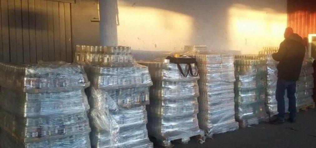 7,2 тыс. литров контрафактного алкоголя на сумму 1,3 млн грн изъяли в Одессе, – СБУ. ФОТОрепортаж