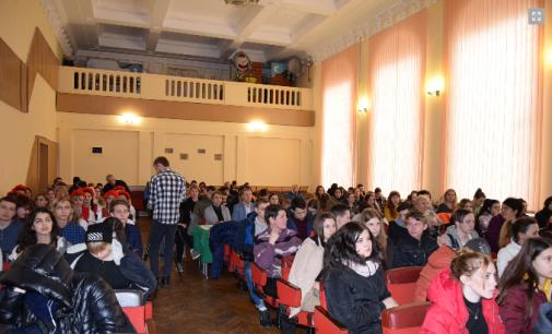 Фестиваль української пісні у Кам'янському