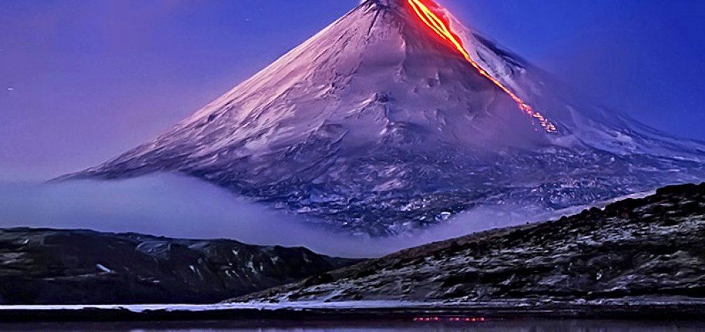 Японцы готовятся к наихудшим последствиям извержения Фудзиямы