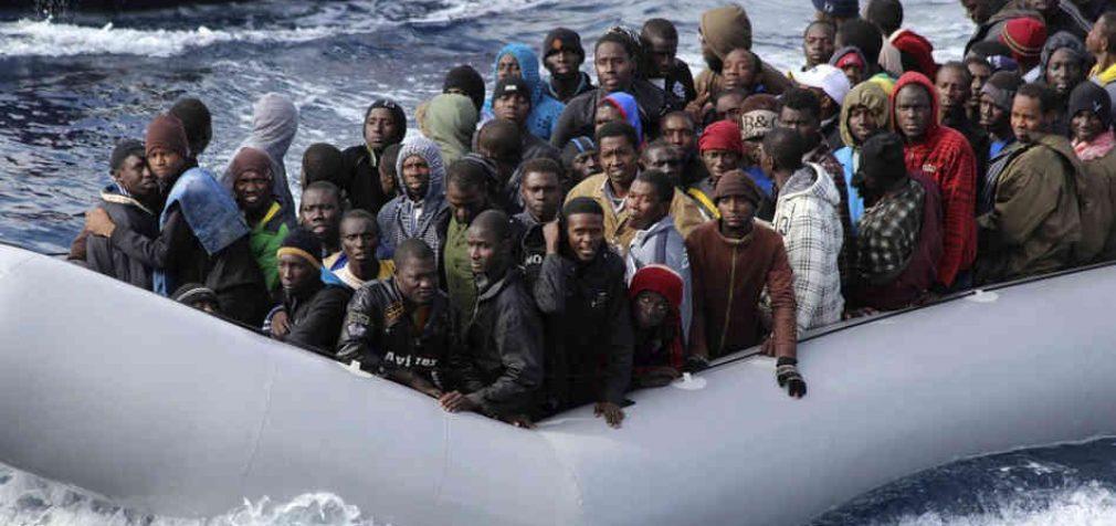 Сотни мигрантов, несмотря на пандемию, пытаются покинуть Ливию