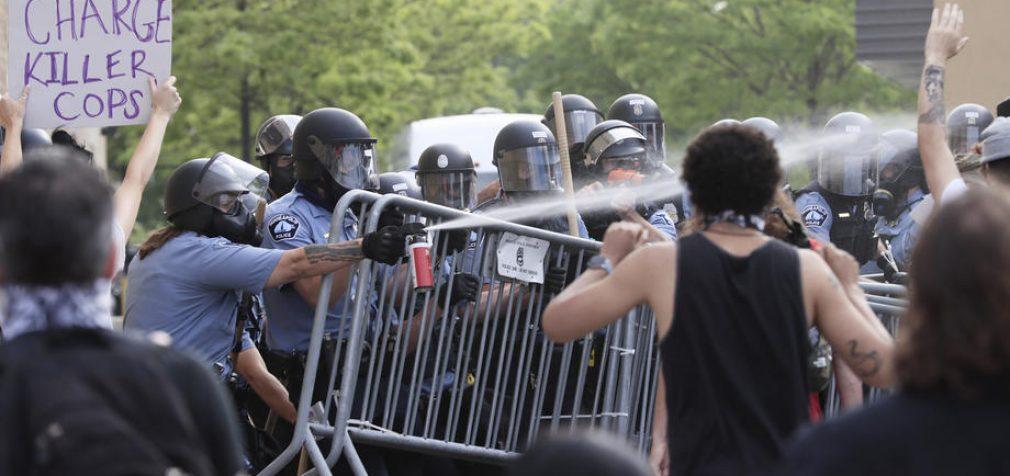 Миннеаполис в огне: проявления расизма привели к опасной ситуации