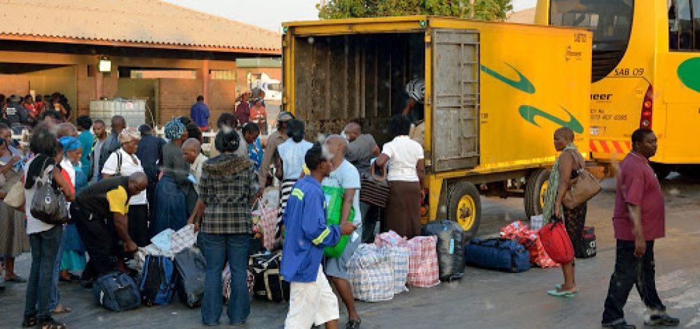 Из-за COVID-19: на границе ЮАР в очередях умерли 15 человек
