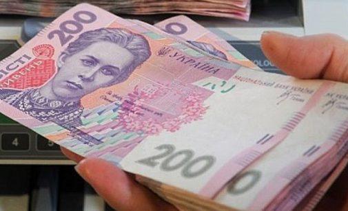 Половину доходов граждане Украины тратят на продукты питания