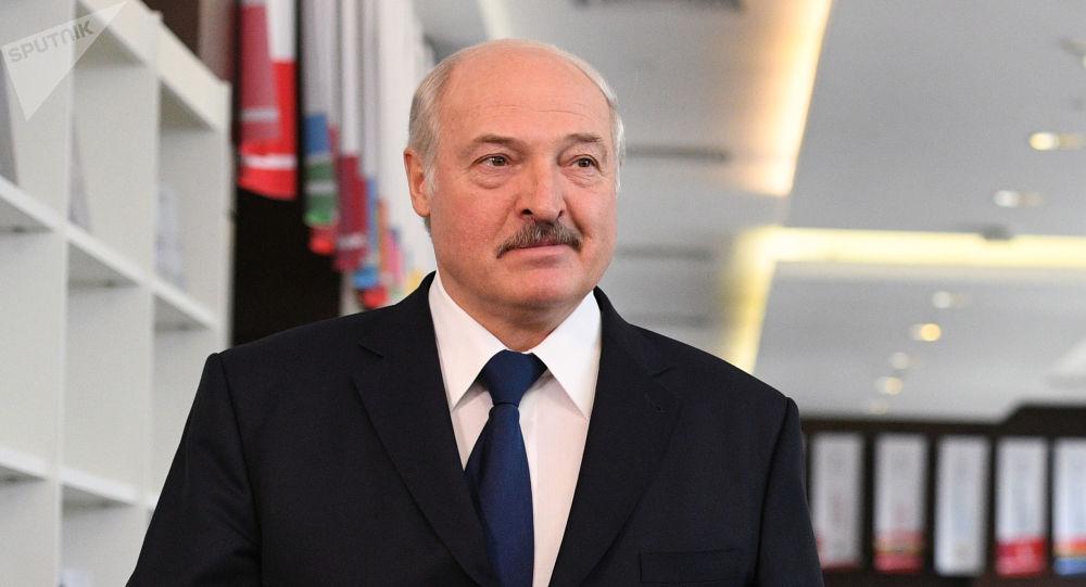Лукашенко назвал имена тех, кого видит своими преемниками