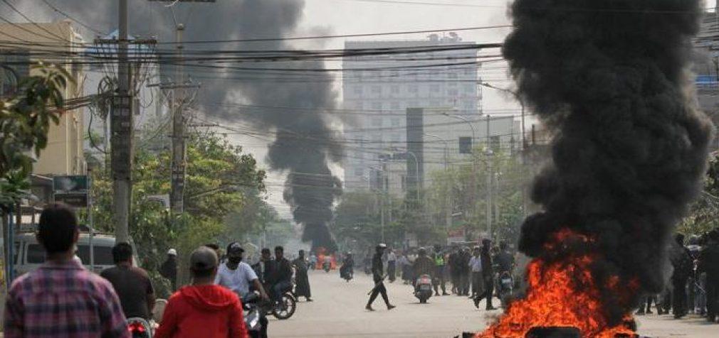 В Мьянме военные расстреляли 19 мирных граждан за день