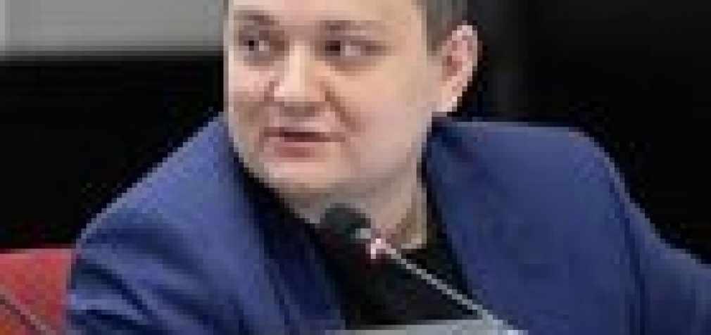 Был ранен в левое предплечье прямым попаданием снаряда в «Бердянск». Осколком перебит нерв, артерия, мышцы, — адвокат посетил украинского моряка Сороку