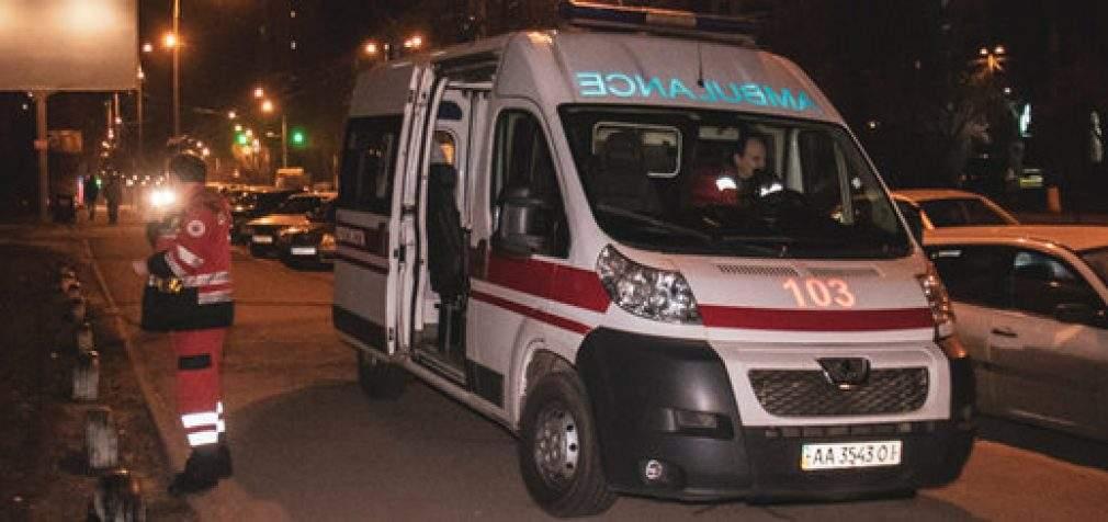 В Голосеевском районе Киева в квартире прогремел взрыв, погиб мужчина. ФОТОрепортаж