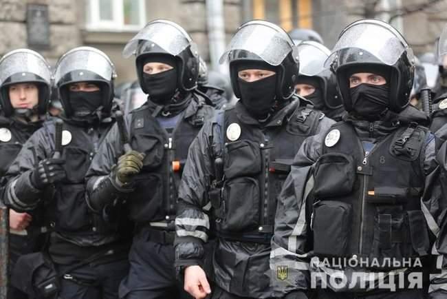 Мероприятия в Киеве прошли спокойно, нарушений не зафиксировано, - Крищенко 02