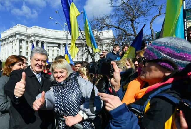Порошенко провел народную встречу в центре Киева (обновлено) 14
