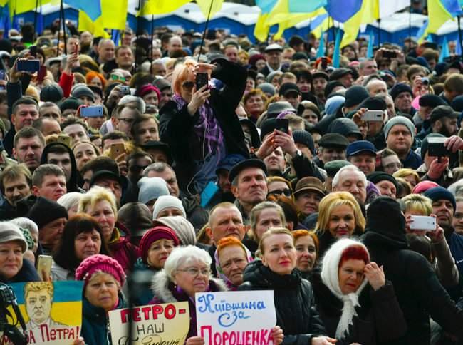 Порошенко провел народную встречу в центре Киева (обновлено) 07
