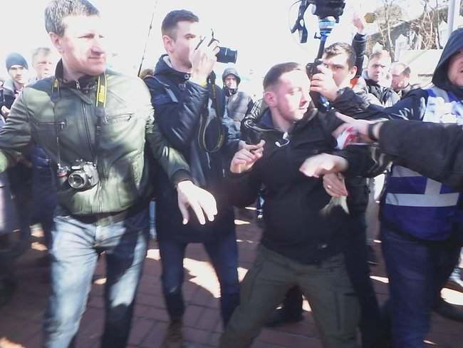 Порошенко провел народную встречу в центре Киева (обновлено) 12