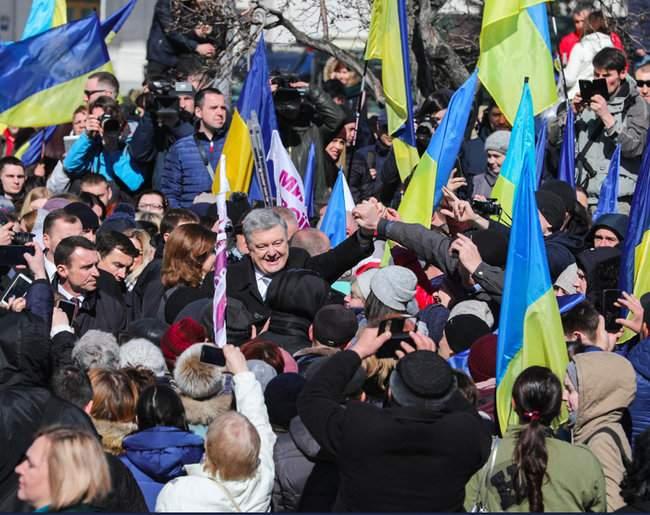 Порошенко провел народную встречу в центре Киева (обновлено) 13