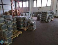 Производили «левый» алкоголь на заводе и продавали по всей Украине