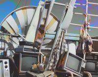Музыкальные инструменты и мистические штучки: что отдают в Днепре бесплатно