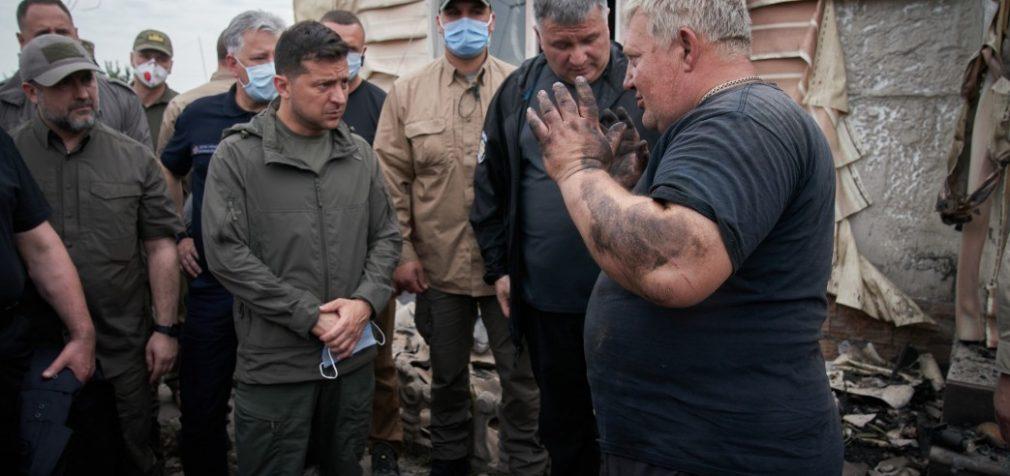 Пожары на Луганщине: Зеленский разрешил привлечь авиацию